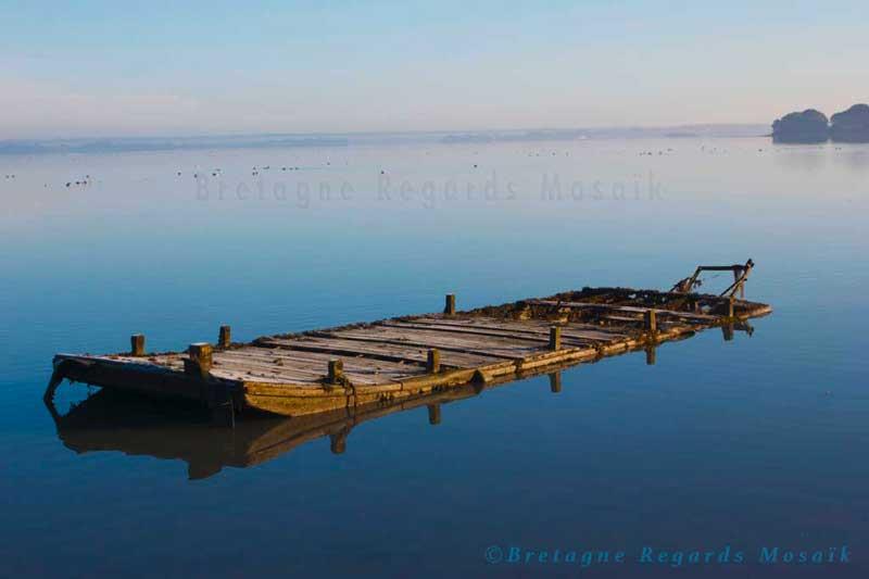 La barge au fil de l'eau