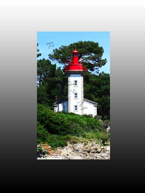 Le Phare de Sainte Marine