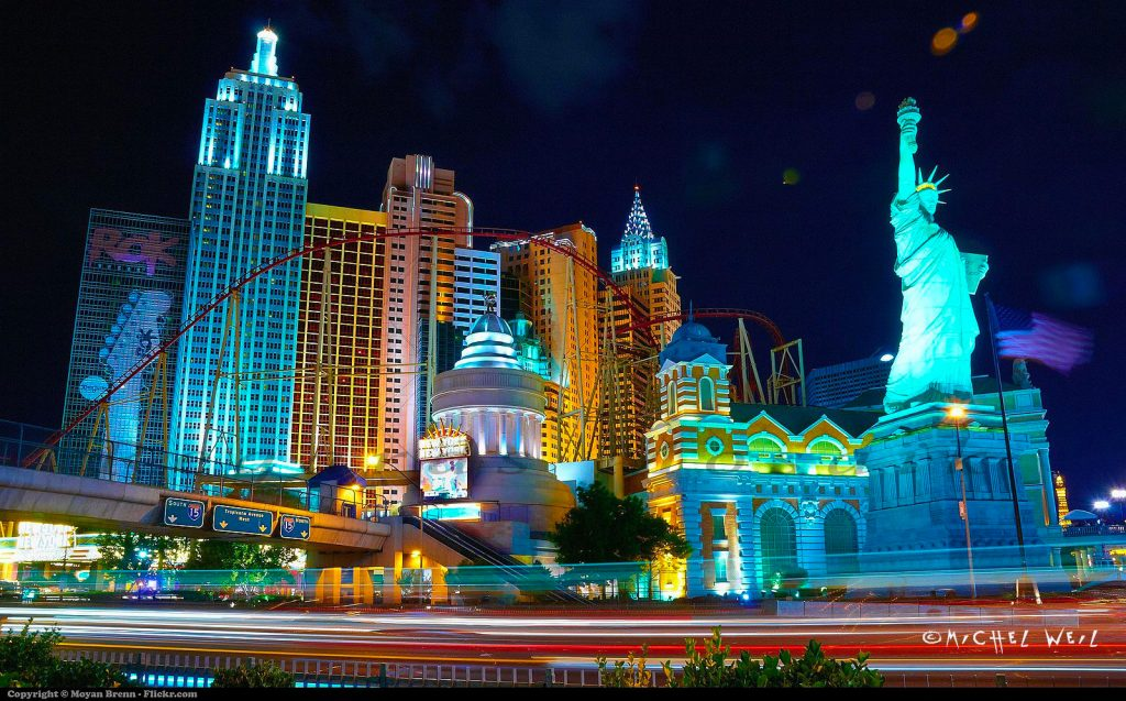 New-York-by-night-in-Las-Vegas